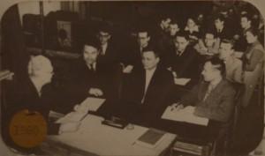 Засідання кафедри оптики на чолі з Шишловським О. А. (1960 р.)