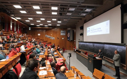 Студенти кафедри оптики на навчанні в італійському місті Трієст